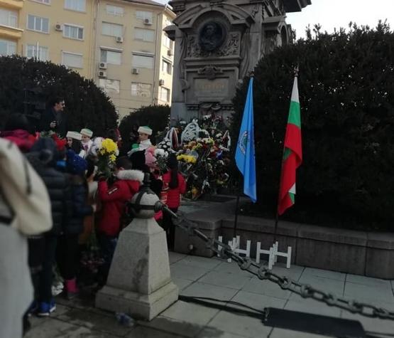 Посещение на паметника на Васил Левски